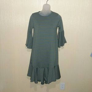 LulaRoe Maurine dress size XS 2-4 olive & blue
